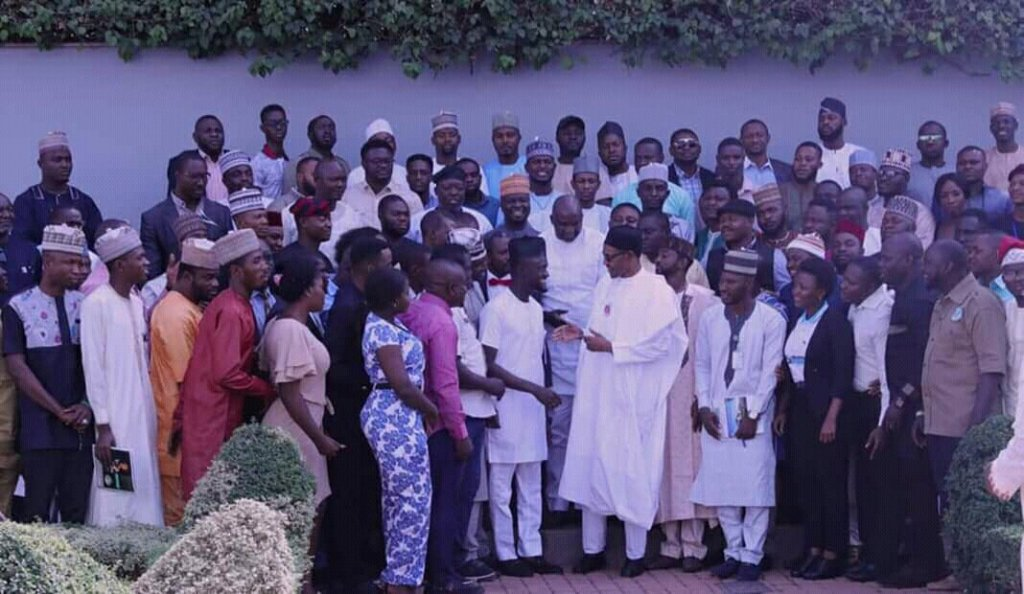 President Buhari Silent on Security Situation at Meeting With NANS